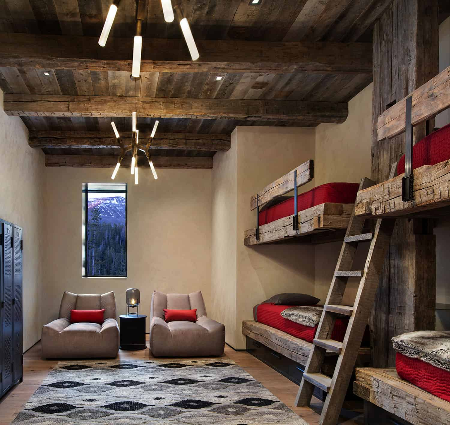 rustic-mountain-style-kids-bunk-bedroom