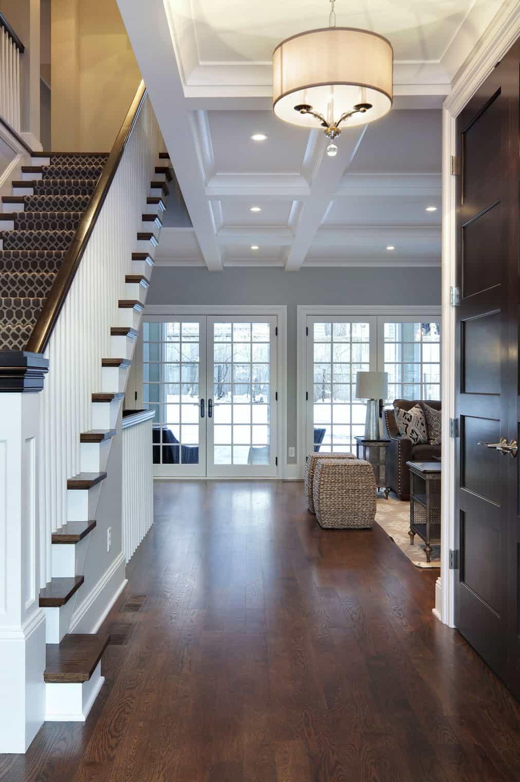 tudor-traditional-staircase