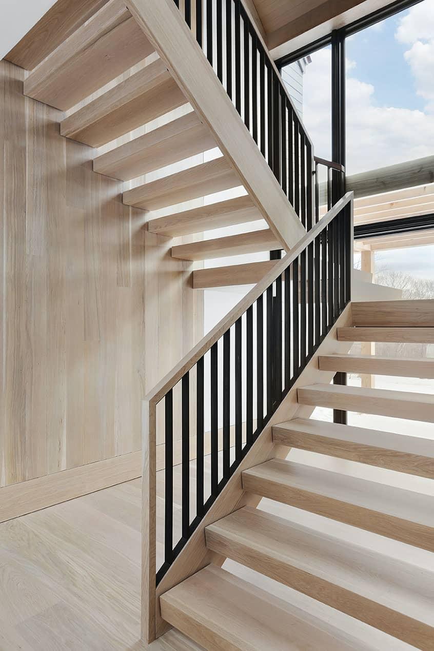 luxury-mountain-staircase