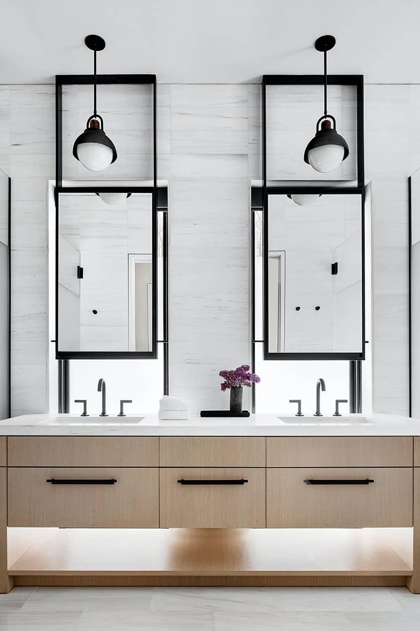 luxury-mountain-bathroom