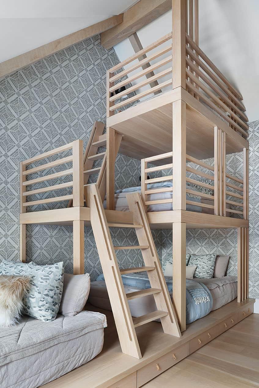 luxury-mountain-kids-bunk-bedroom
