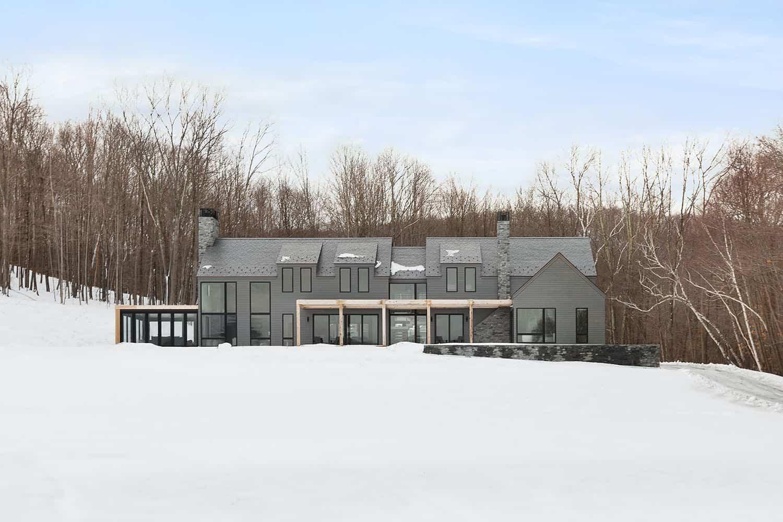 luxury-mountainside-retreat-exterior