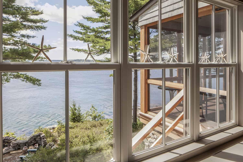 cottage-beach-style-sunroom