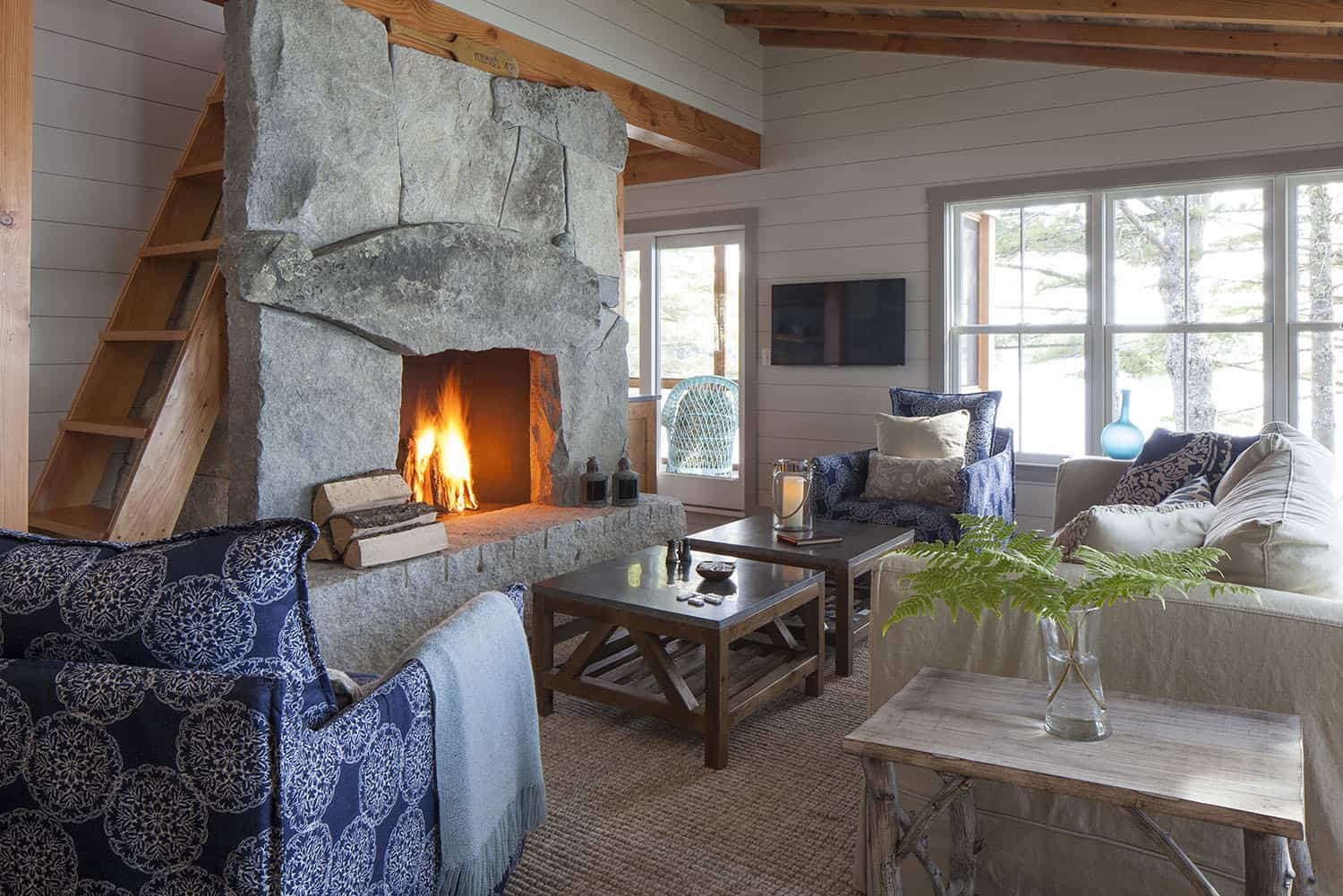 cottage-beach-style-living-room