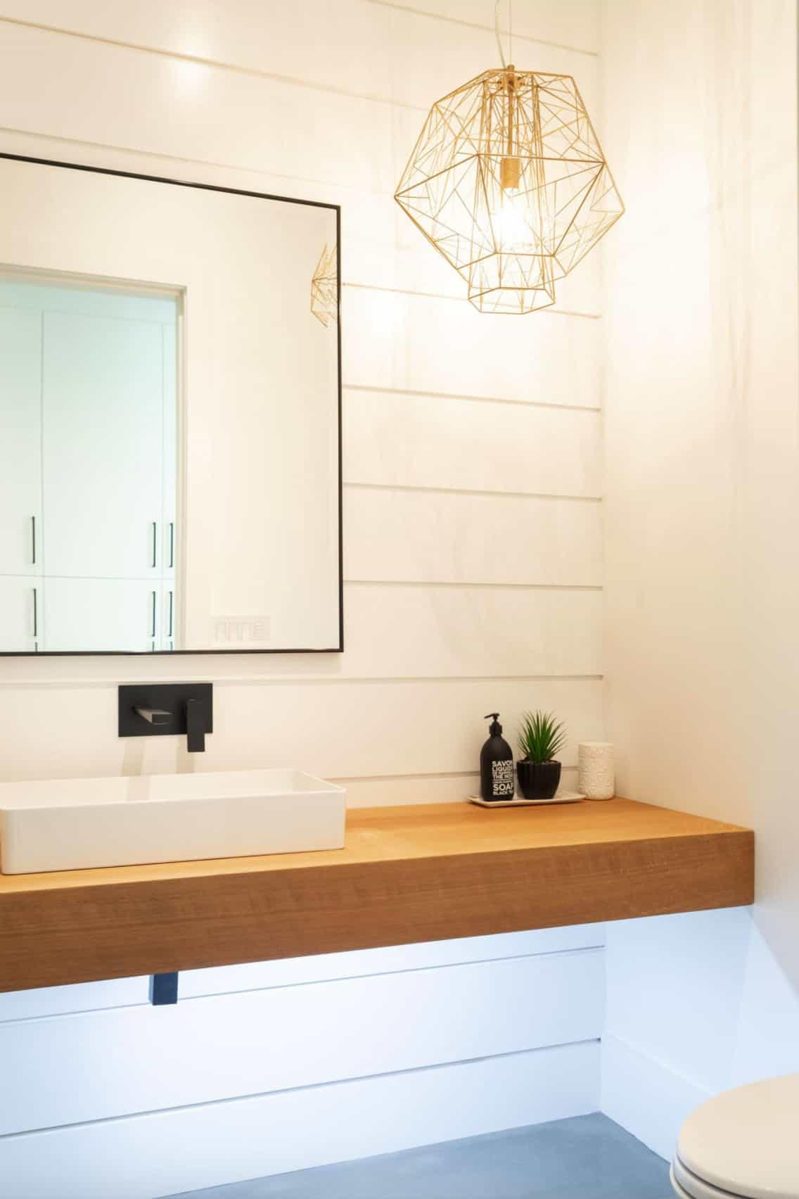shiplap-wall-in-bathroom