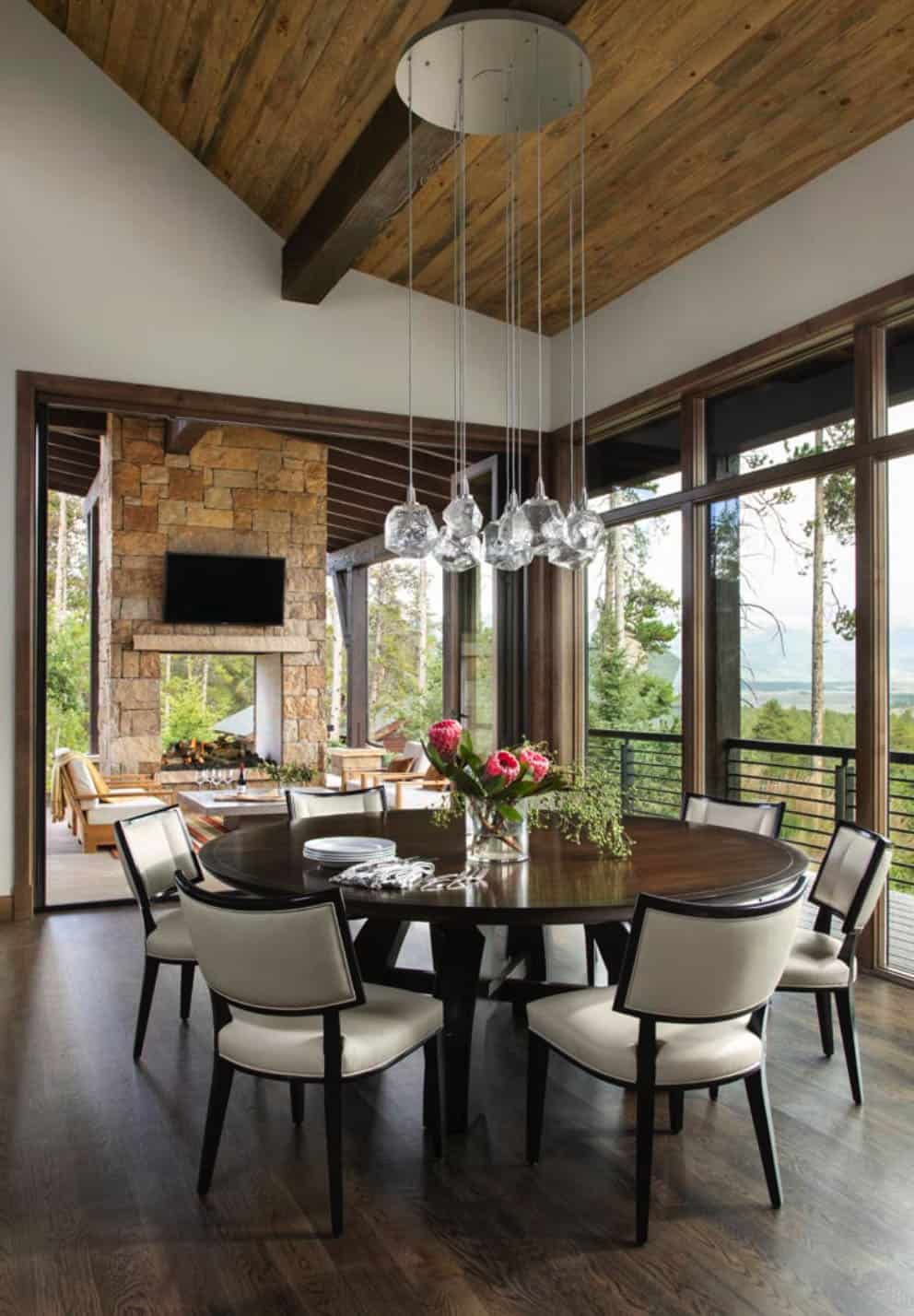 craftsman-style-dining-room