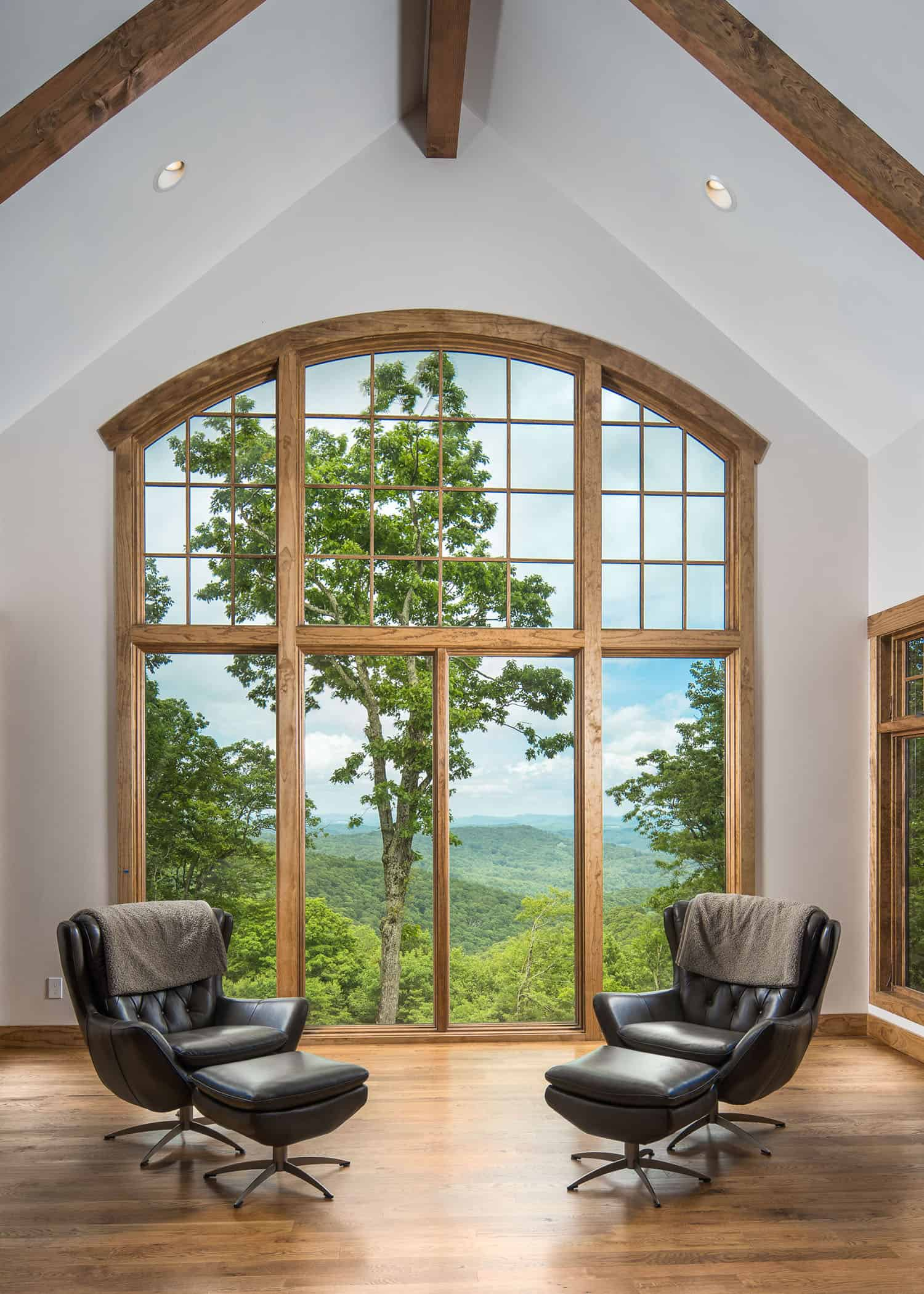 mountain-style-living-room