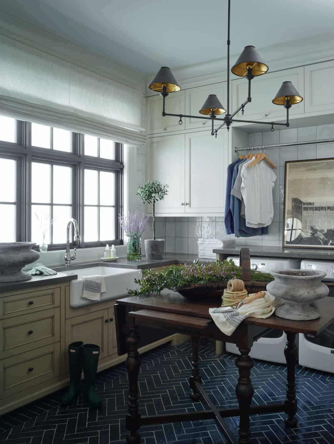 french-country-laundry-room