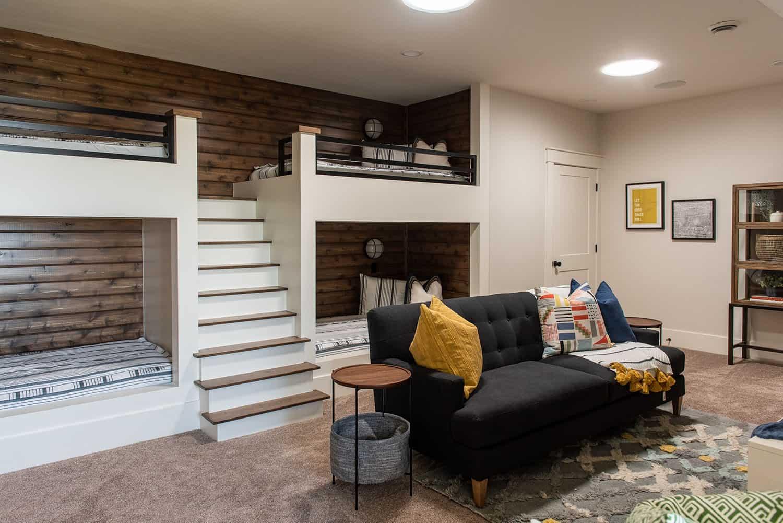modern-farmhouse-style-bunk-bedroom