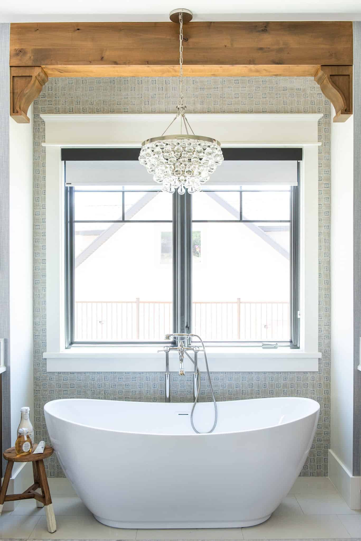 modern-farmhouse-style-bathroom-tub
