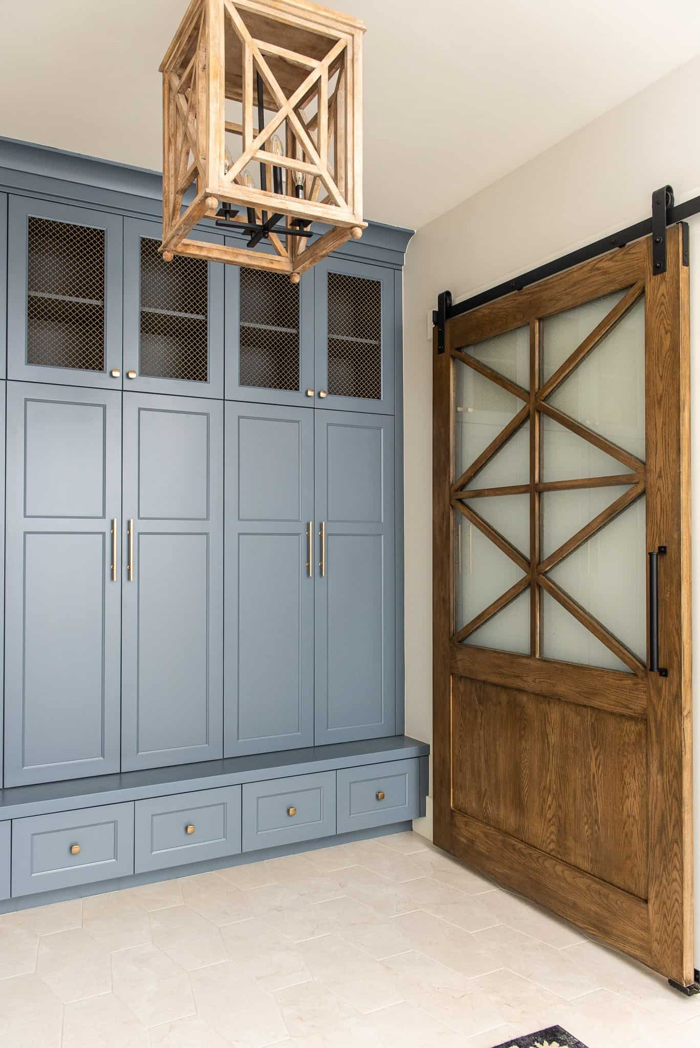 modern-farmhouse-style-lockers