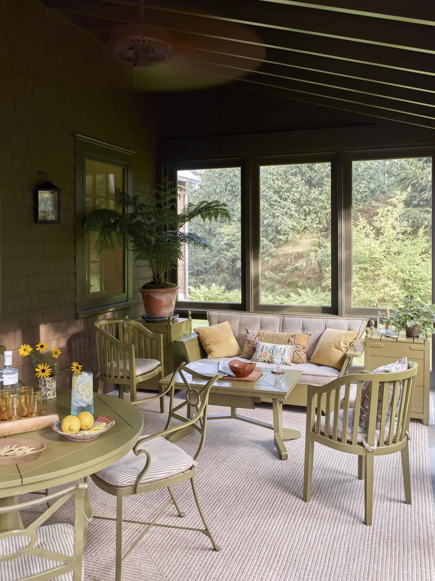 barn-cottage-sunroom