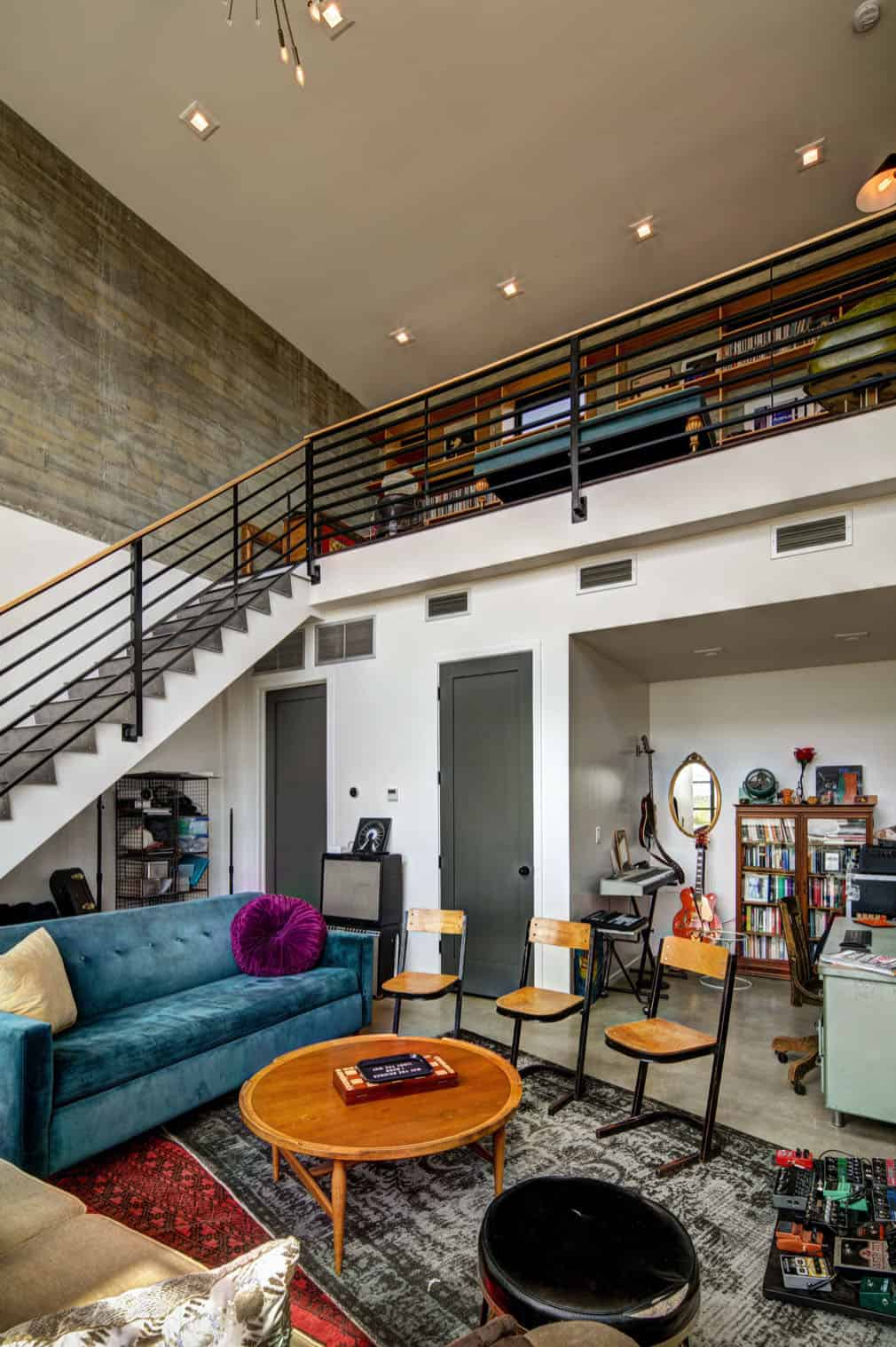 residence-midcentury-music-room