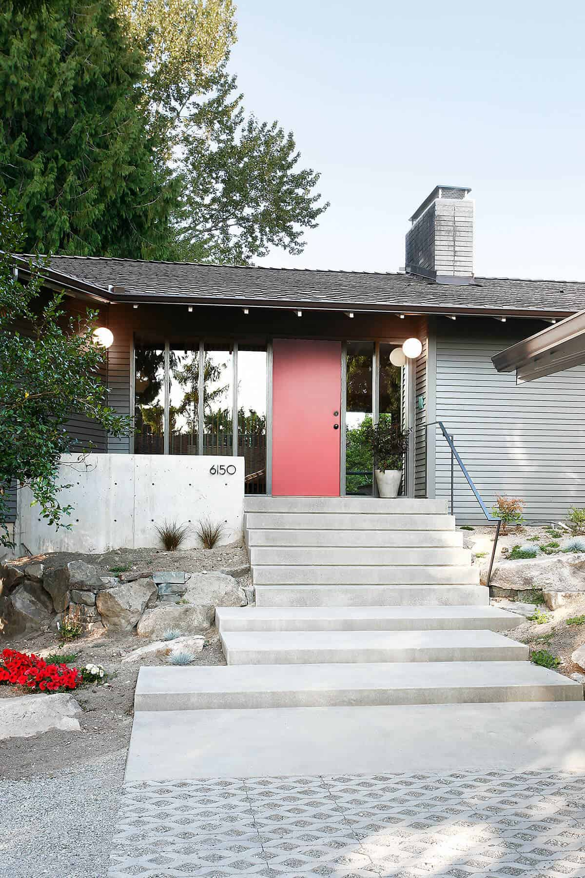 midcentury-modern-home-exterior