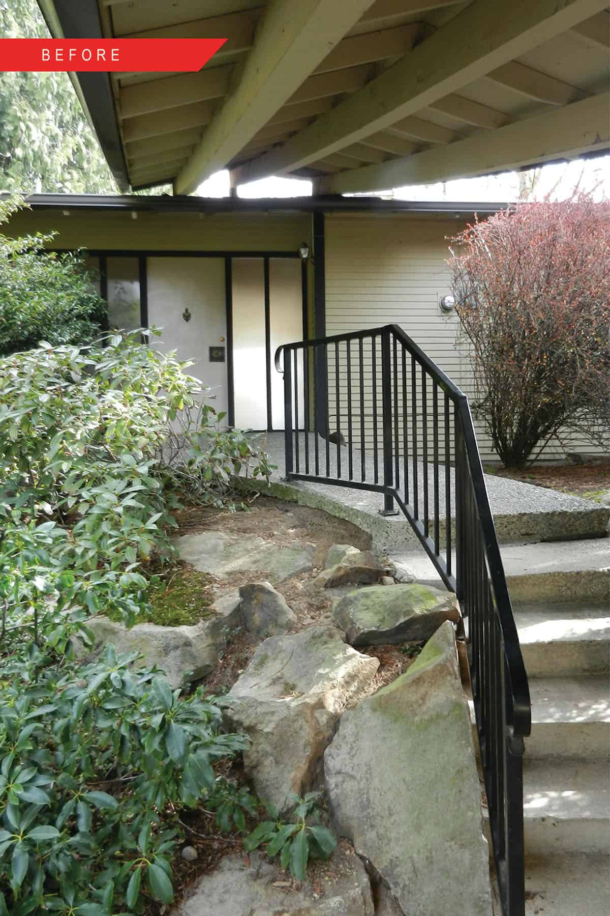 midcentury-modern-home-exterior-before-remodel