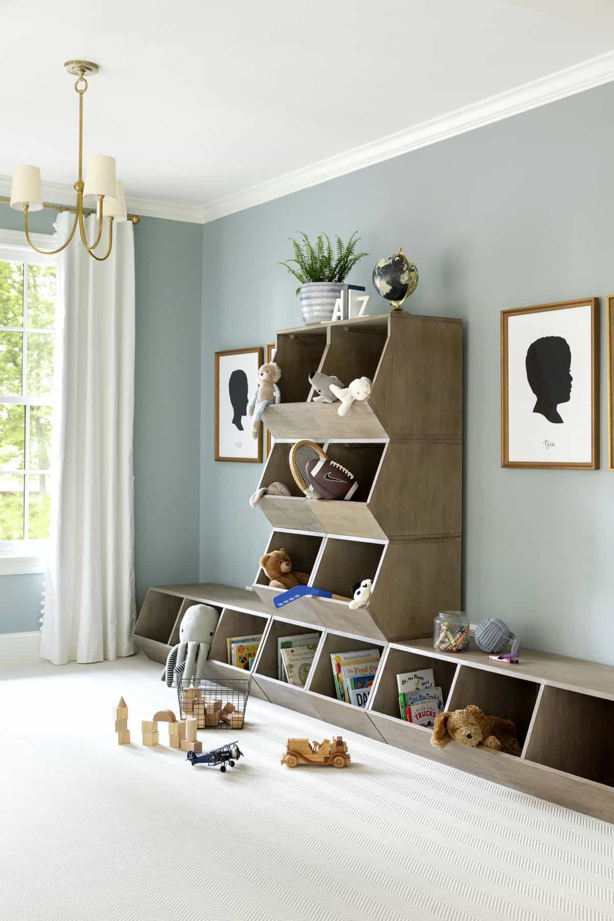 cottage-style-kids-playroom