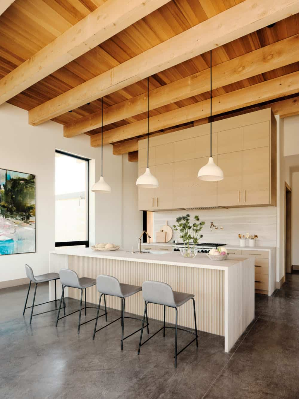 modern-beach-house-kitchen