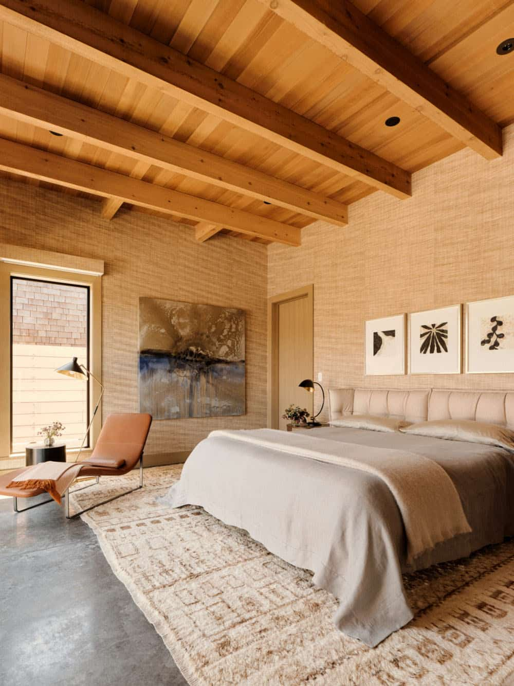 modern-beach-house-bedroom