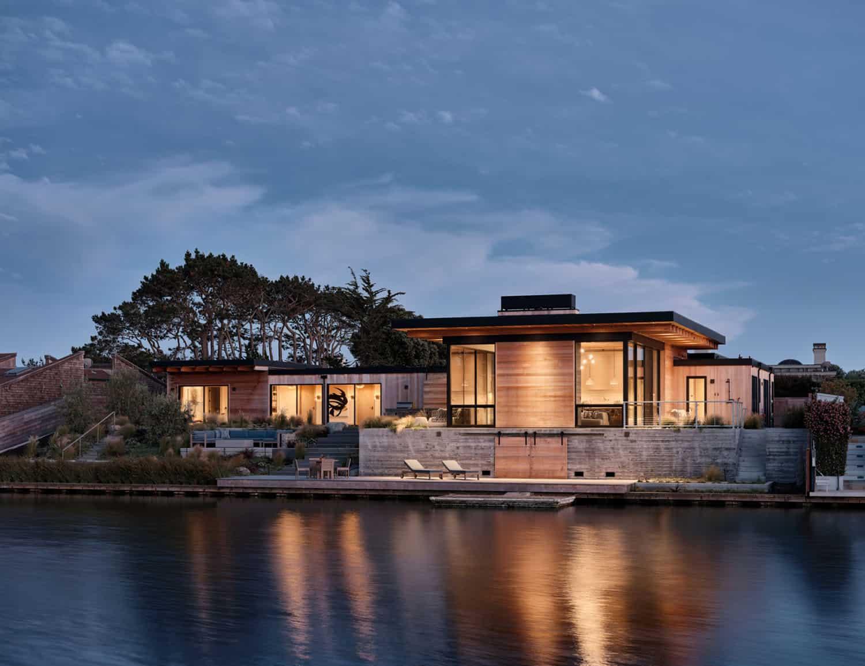 modern-beach-house-exterior