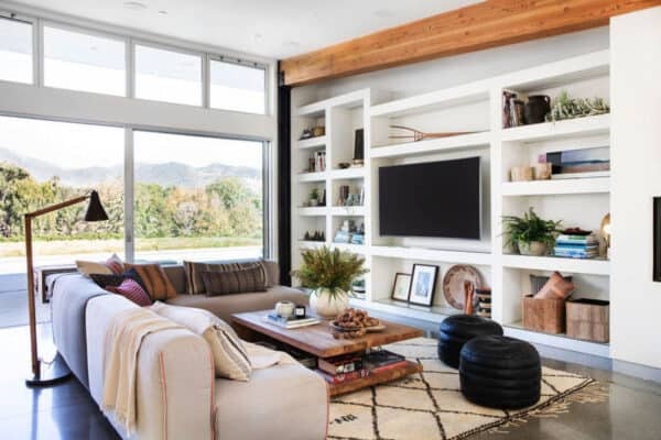 featured posts image for Farmhouse on the coast of Malibu offers a Scandinavian-inspired oasis