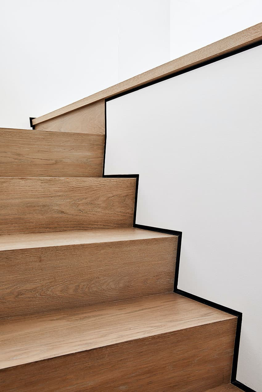 modern-staircase-detail