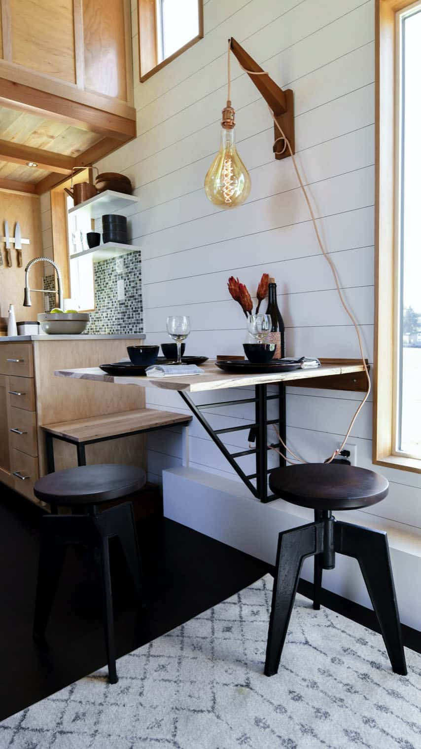 off-grid-tiny-home-farmhouse-dining-room
