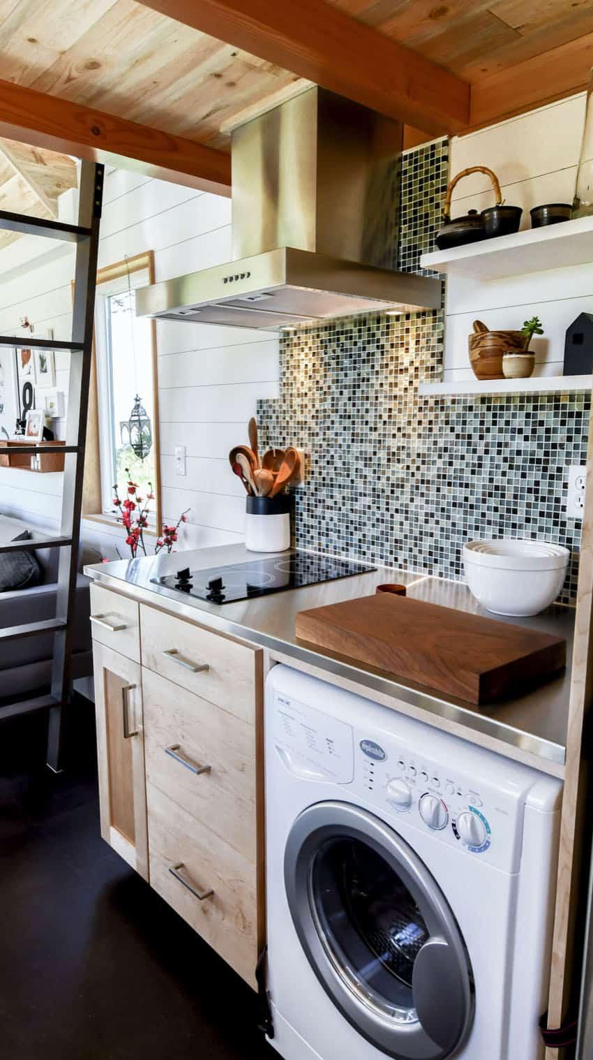 off-grid-tiny-home-farmhouse-kitchen