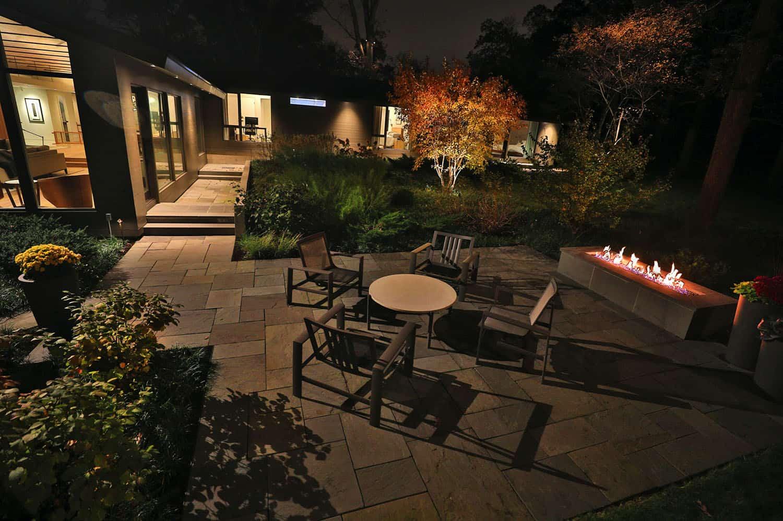 midcentury-modern-patio