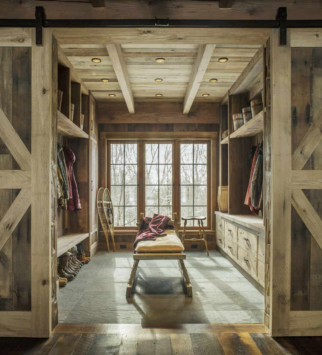 rustic-entry-mudroom