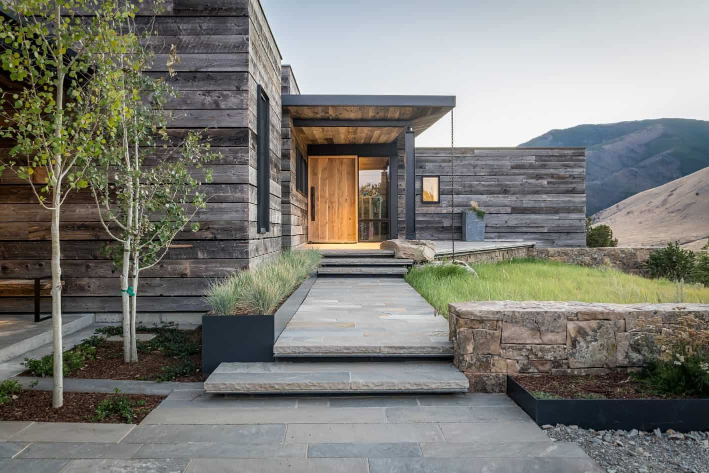 rustic-modern-mountain-home-entry