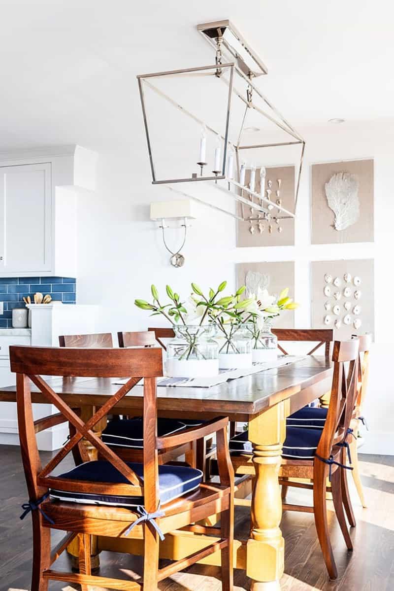 traditional-coastal-dining-room