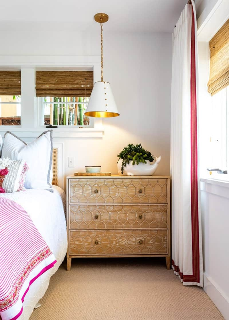 traditional-coastal-bedroom