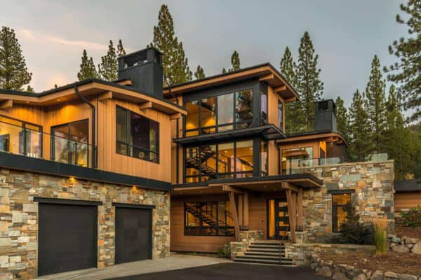 featured posts image for Sky high mountain modern luxury surrounded by nature in Sierra Nevadas
