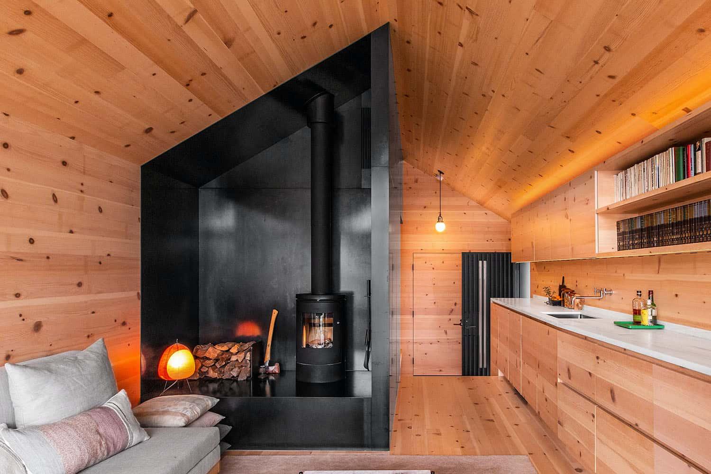 guest-cabin-kitchen