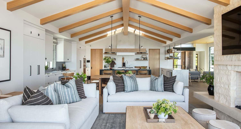 coastal-contemporary-living-room