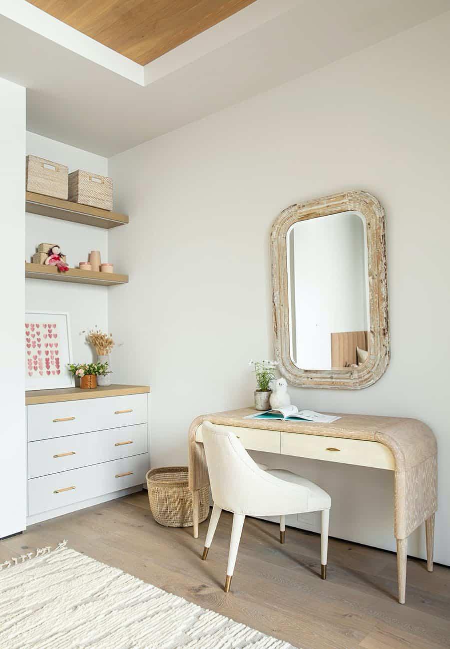 coastal-contemporary-bedroom-office