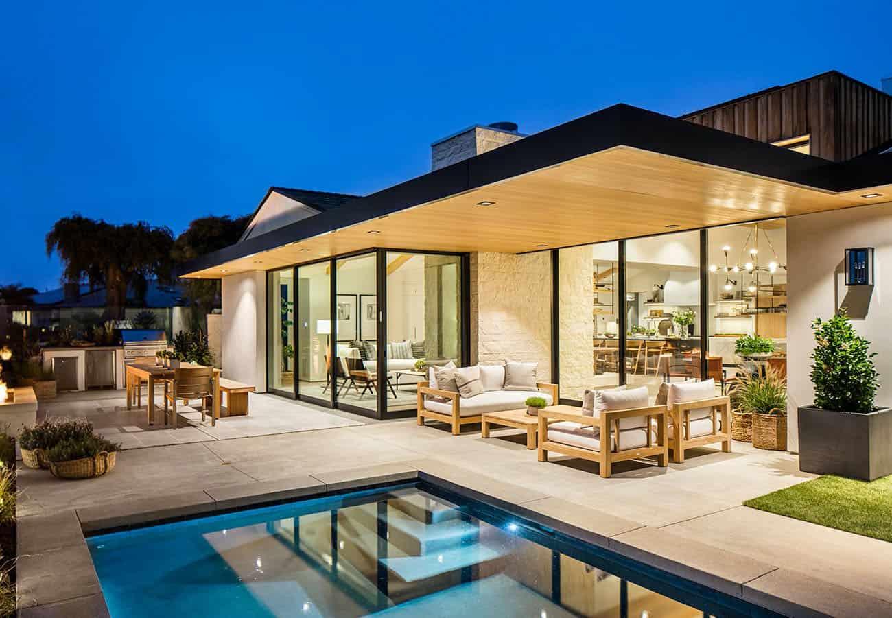 beach-house-swimming-pool