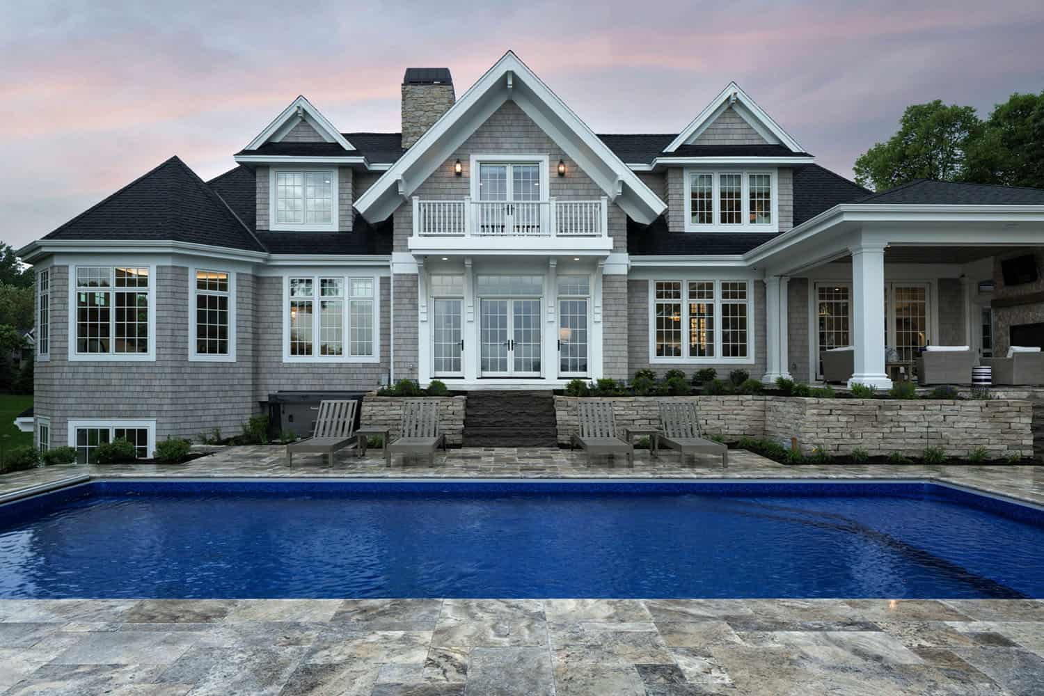 coastal-lake-home-swimming-pool