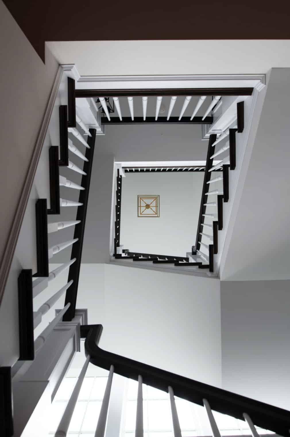 coastal-lake-home-staircase