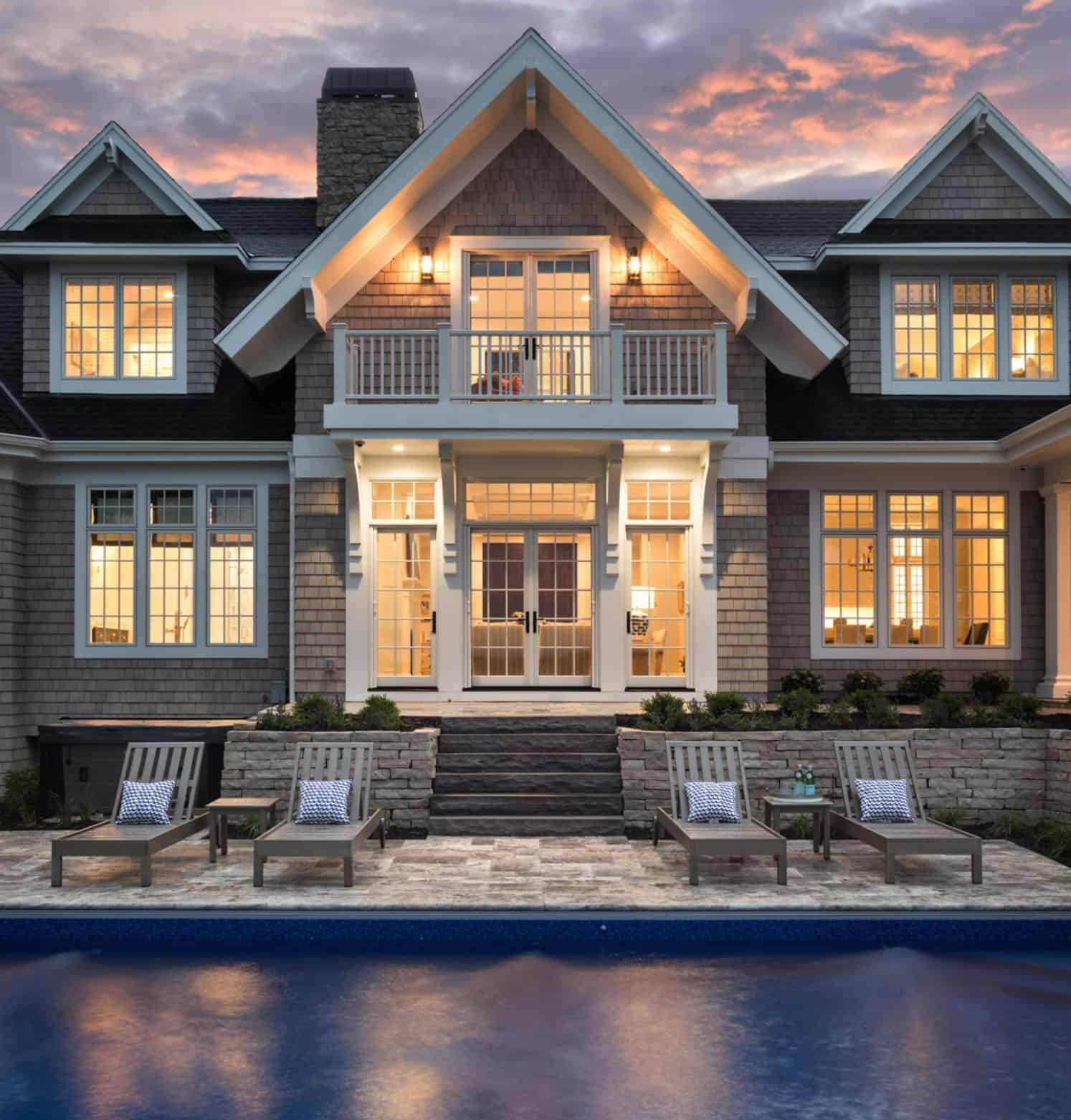 lake-house-swimming-pool