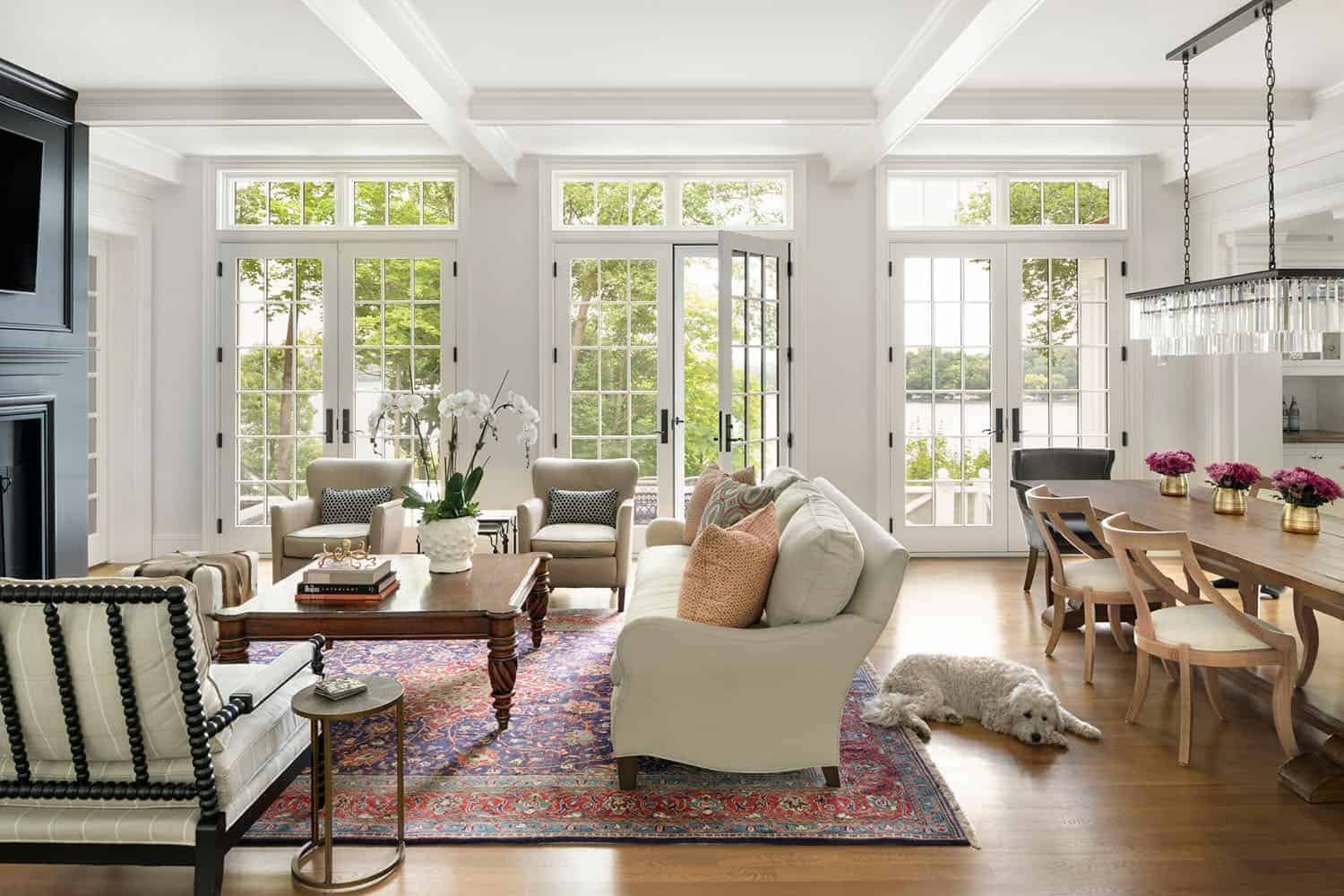 colonial-style-living-room