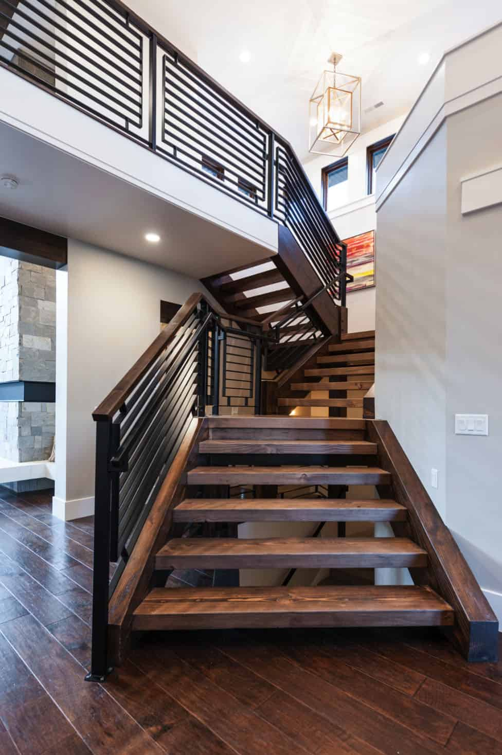 craftsman-entry-staircase