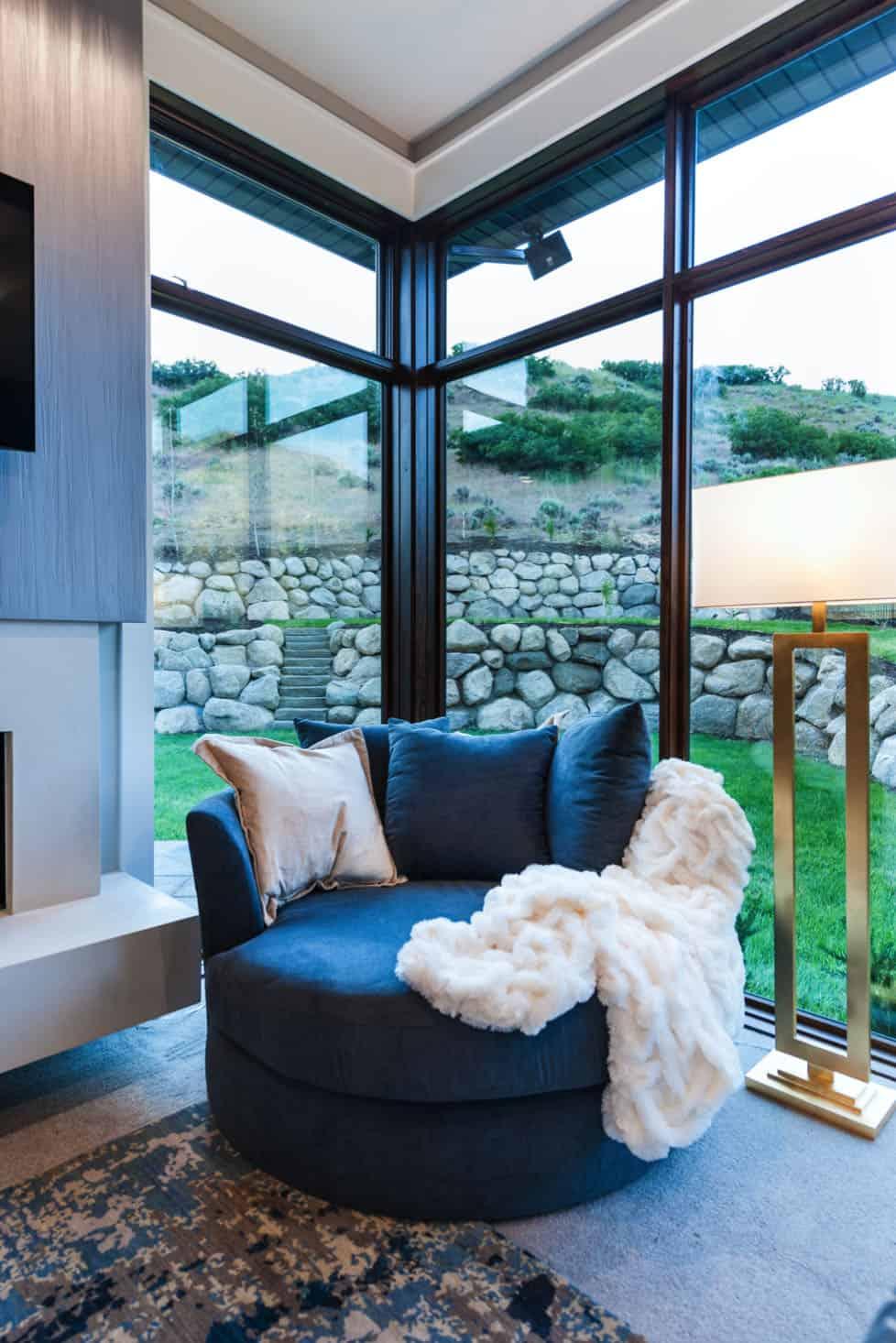 craftsman-master-bedroom
