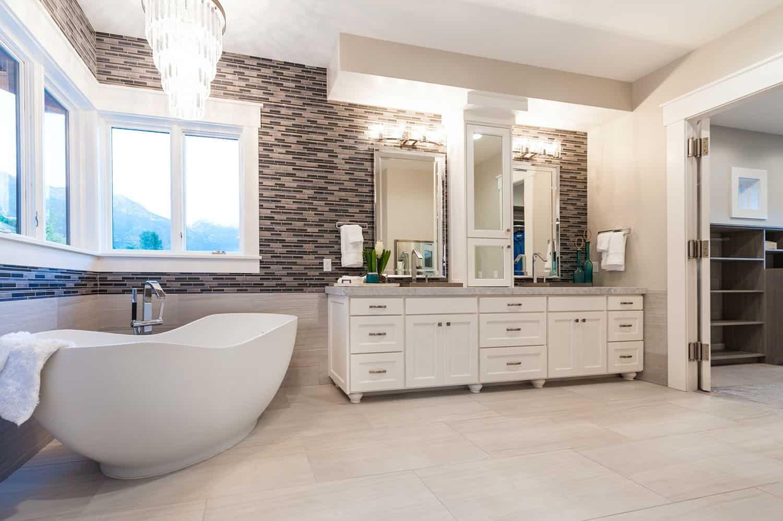 craftsman-master-bathroom