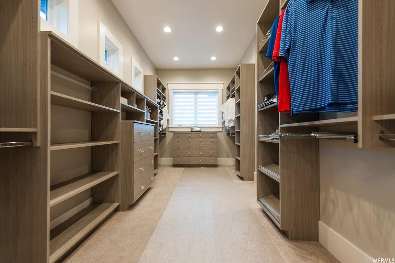 craftsman-master-closet