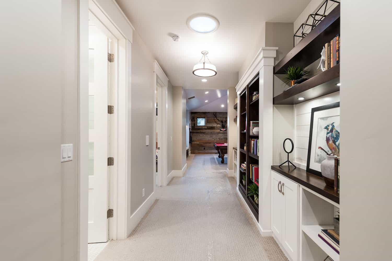 craftsman-hallway