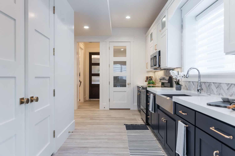 craftsman-basement-kitchen