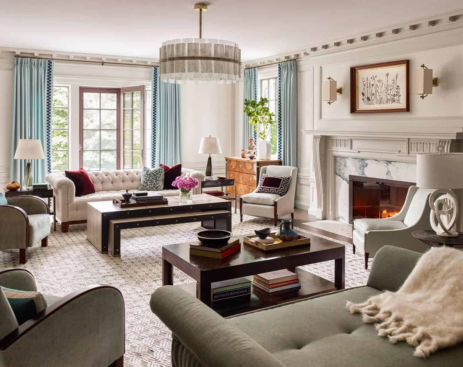 historic-colonial-style-living-room