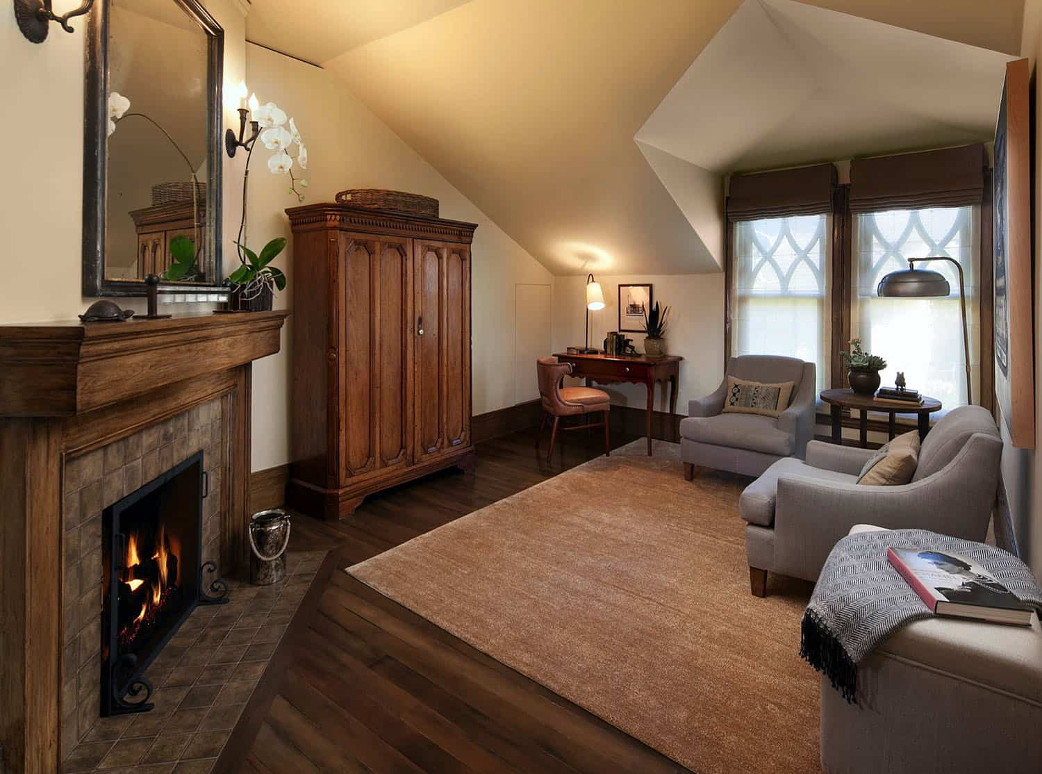 mediterranean-family-room-and-fireplace