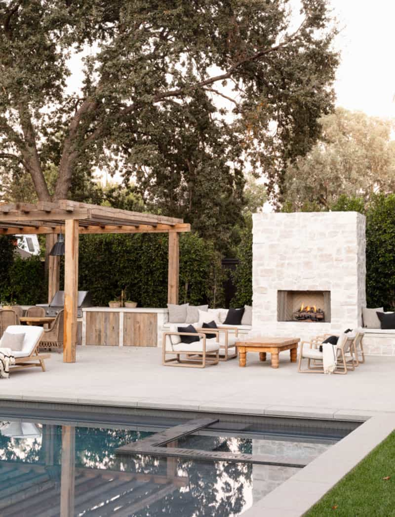 west-coast-style-home-swimming-pool